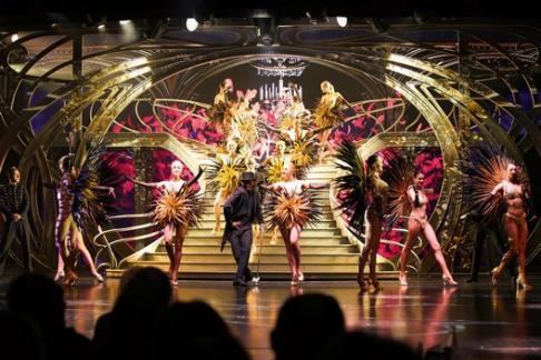 Lido De Paris 2nd Show Arc De Triomphe