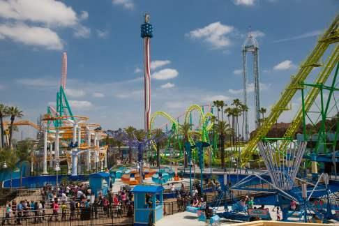 Click to view details and reviews for Knotts Berry Farm General Admission Anaheim Dine 4less Card.